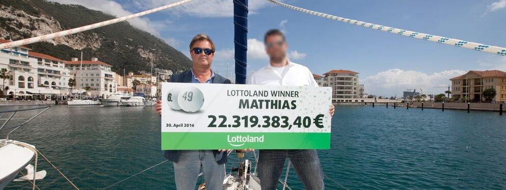 Matthias z Berlína se šekem na 22 miliónů eur od lottolandu