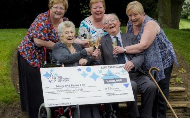 Celá rodina a jejich poslední výhra v loterii