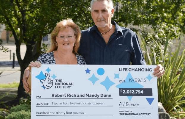 Robert s Mandy -- výherce loterie